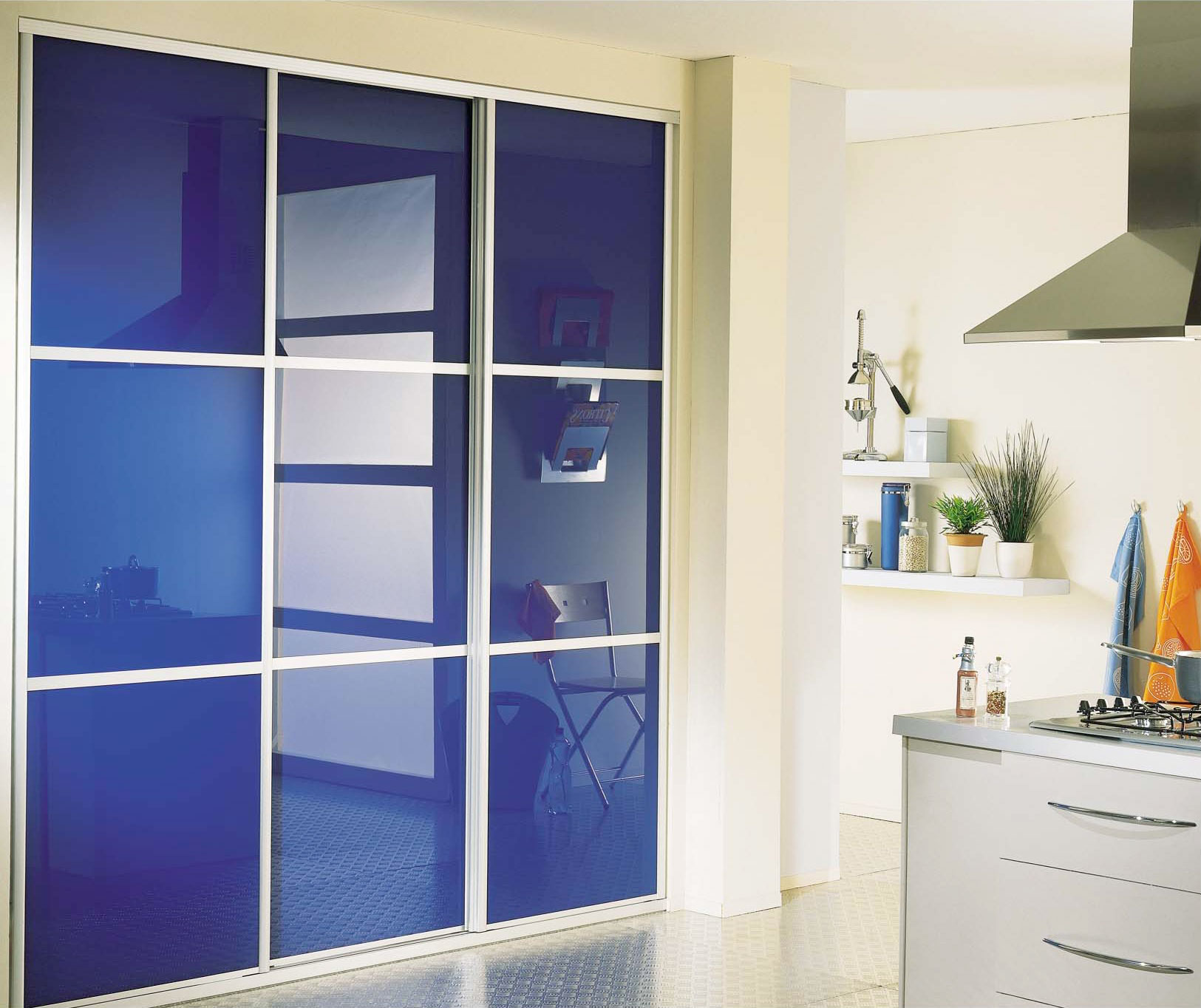 verre pour porte de cuisine. Black Bedroom Furniture Sets. Home Design Ideas